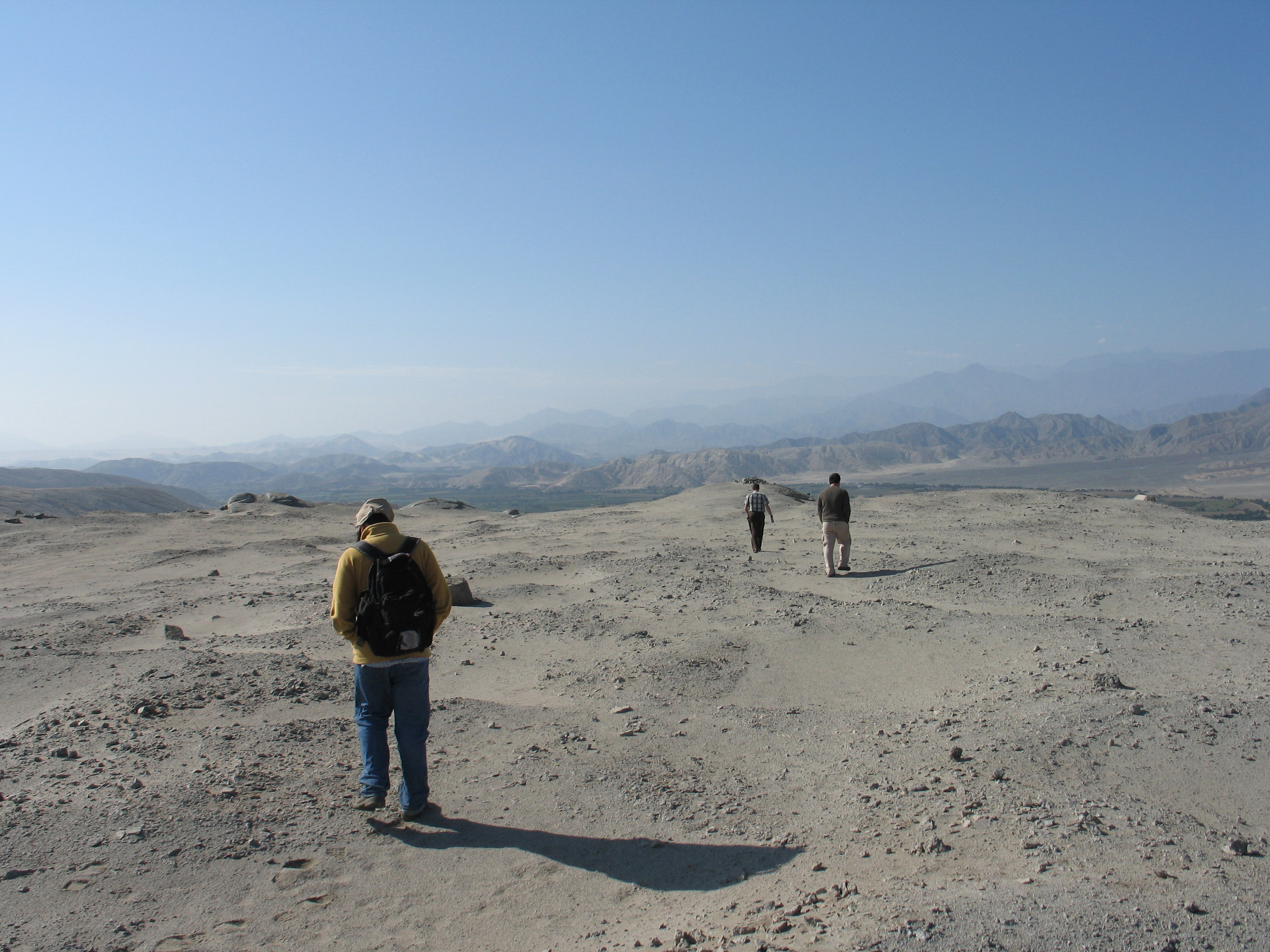 Andrus fred geological sciences near chanquillo peru sciox Image collections